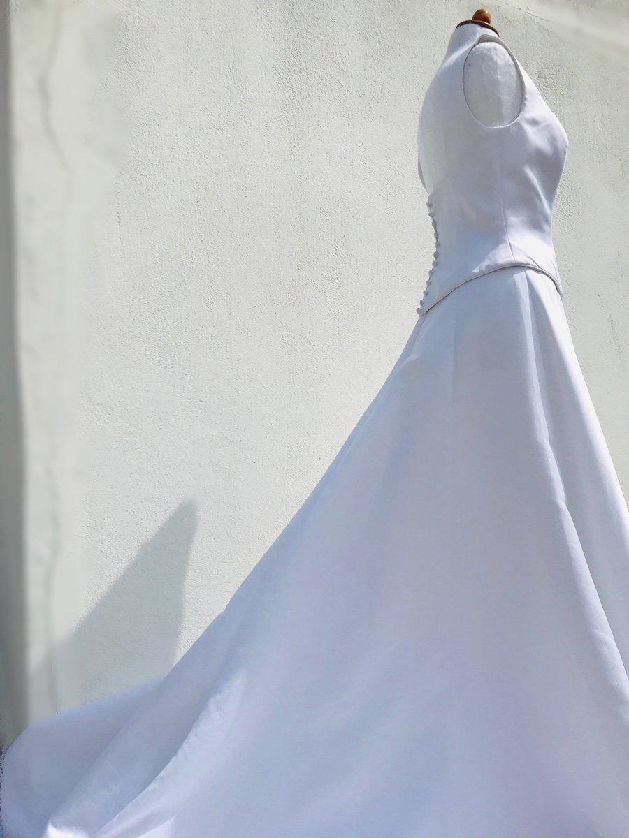 όποια νύφη το διαλέξει διαθέτει γούστο στύλ και χάρη!